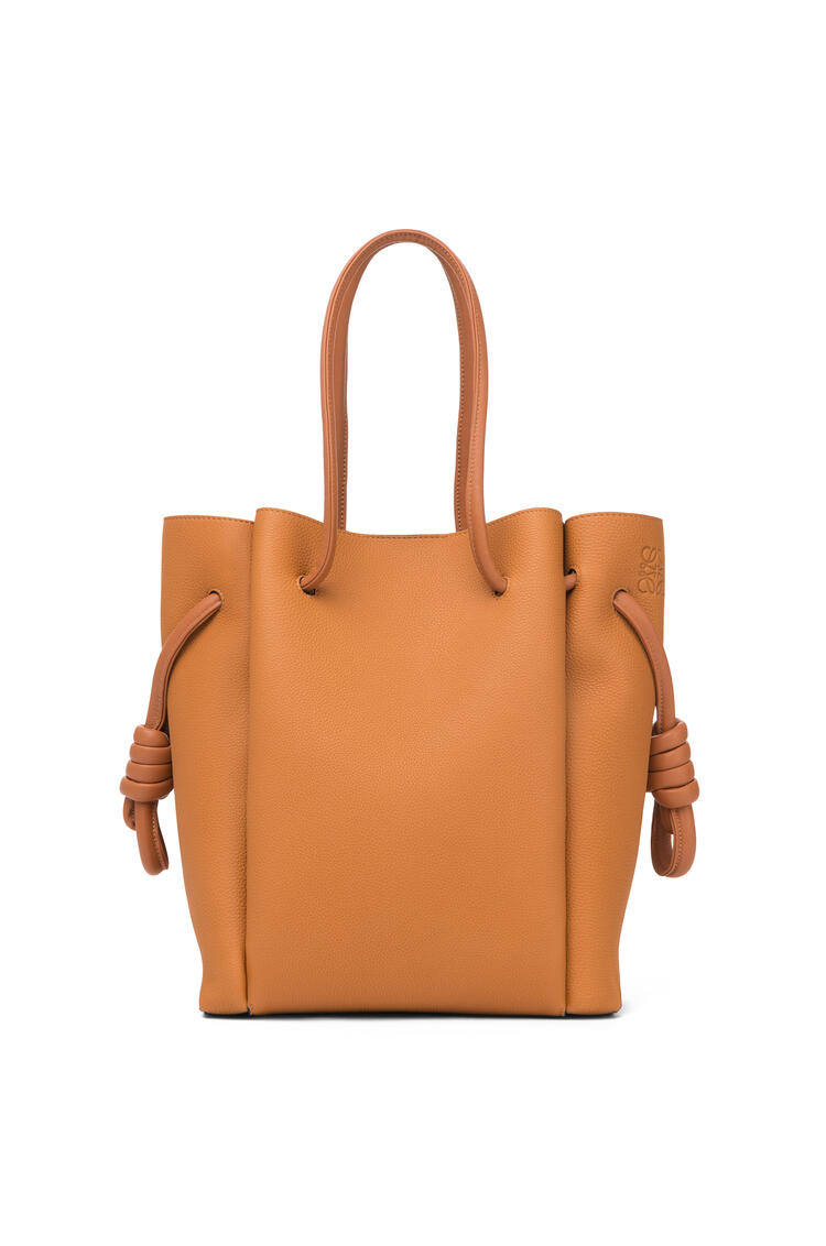 LOEWE 小号柔软粒面小牛皮 Flamenco Knot Tote 手袋 Light Caramel/Tan pdp_rd