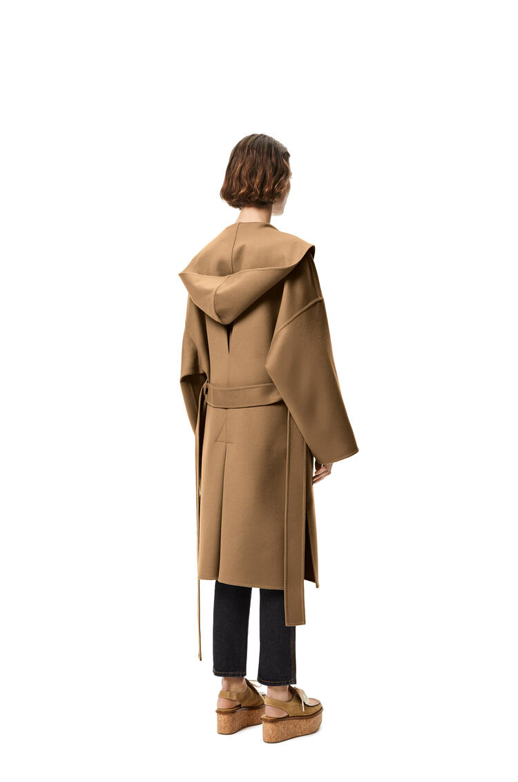 LOEWE Hooded belted coat in wool and cashmere Camel pdp_rd
