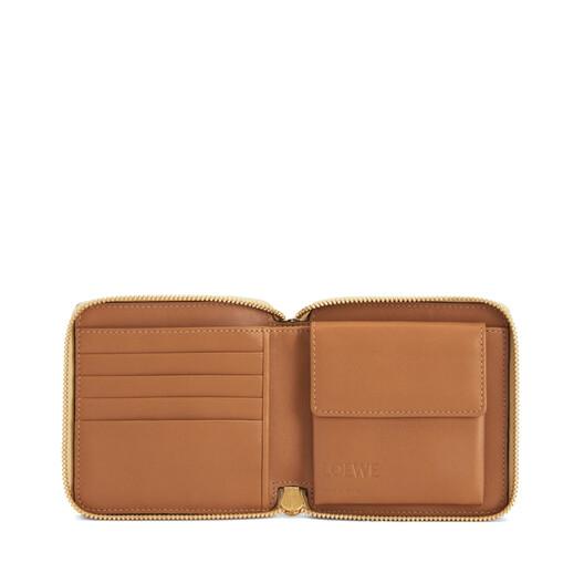 LOEWE Puzzle Square Zip Wallet Dune/Vanilla front