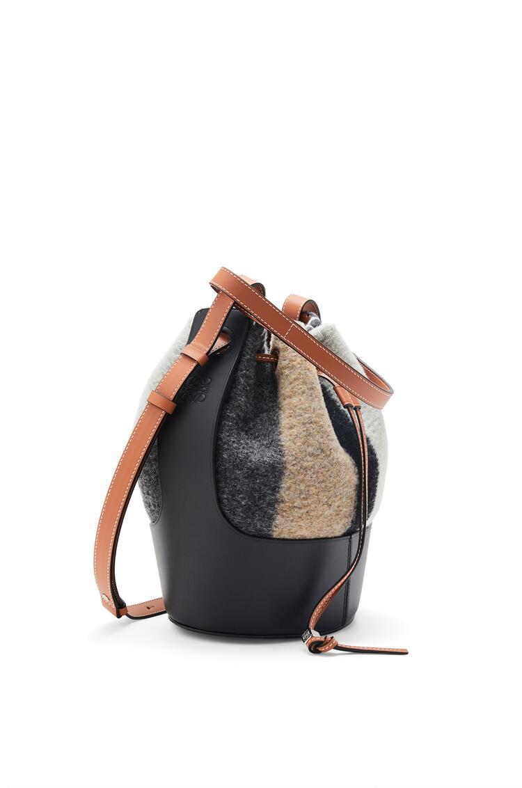 LOEWE Balloon bag in stripe felt and calfskin Grey/Black pdp_rd