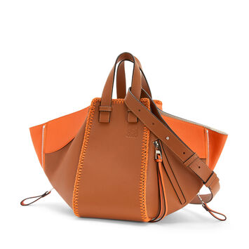 LOEWE Bolso Hammock Whipstitch Small Bronceado/Naranja front