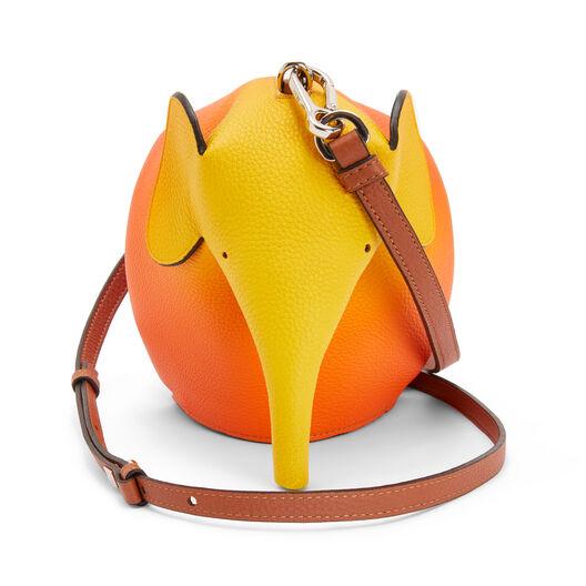 LOEWE エレファントスプレーミニバッグ オレンジサンセット front