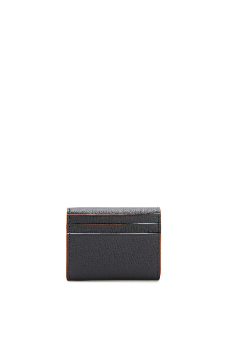 LOEWE Anagram square coin cardholder in grained calfskin Black pdp_rd