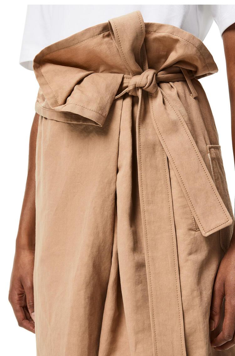 LOEWE Pantalón cropped cruzado en algodón y lino Beige pdp_rd