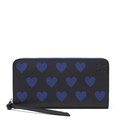LOEWE Zip Around Wallet Hearts Black/Royal Blue front