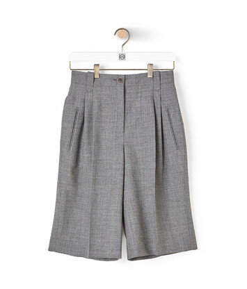 LOEWE Shorts 灰色 front
