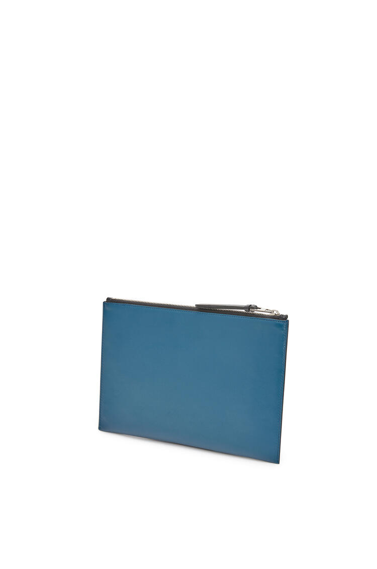 LOEWE Flat pouch in smooth calfskin Indigo pdp_rd
