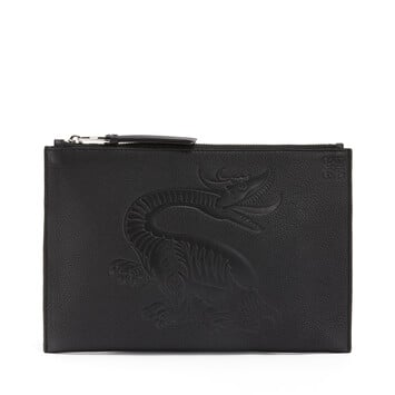 LOEWE Flat Pouch Dragon 黑色 front