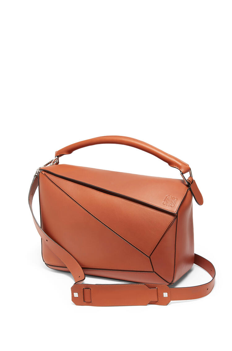 LOEWE Large Puzzle bag in natural calfskin Rust Color pdp_rd
