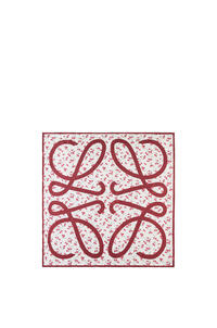 LOEWE 90 x 90 cm フラワー スカーフ(シルク) レッド pdp_rd