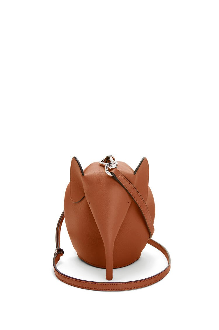 LOEWE Mini Elephant Bag In Classic Calfskin Tan pdp_rd