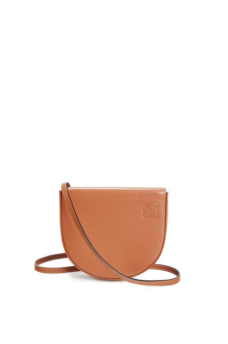LOEWE Heel Bag In Soft Calfskin 棕褐 pdp_rd
