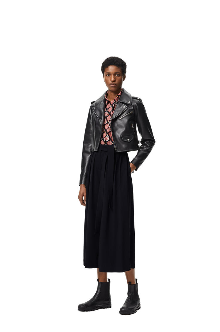 LOEWE Cropped belted trousers in acetate and viscose Black pdp_rd