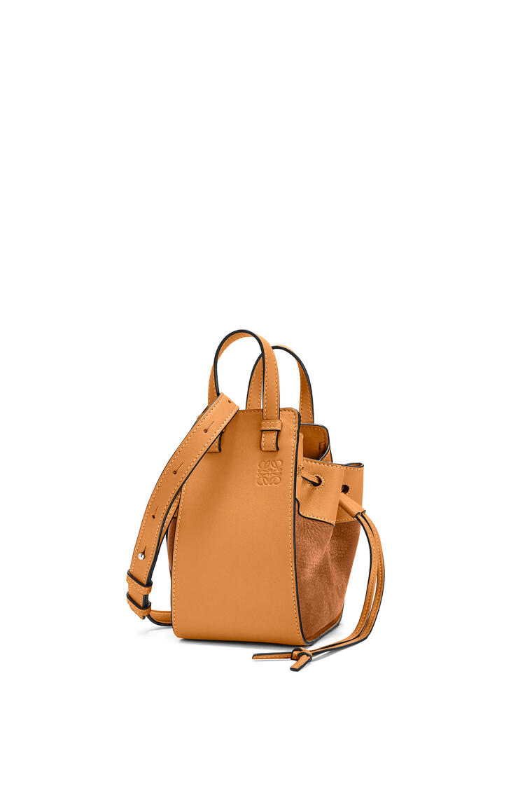 LOEWE Mini Hammock Drawstring bag in calfskin and nubuck Honey pdp_rd