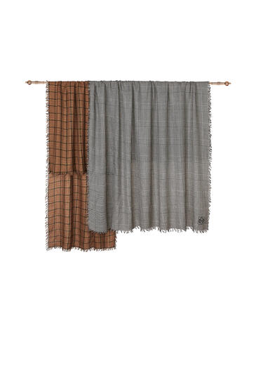 LOEWE 180 x 220 cm double scarf in cashmere and silk Toffee/Grey pdp_rd