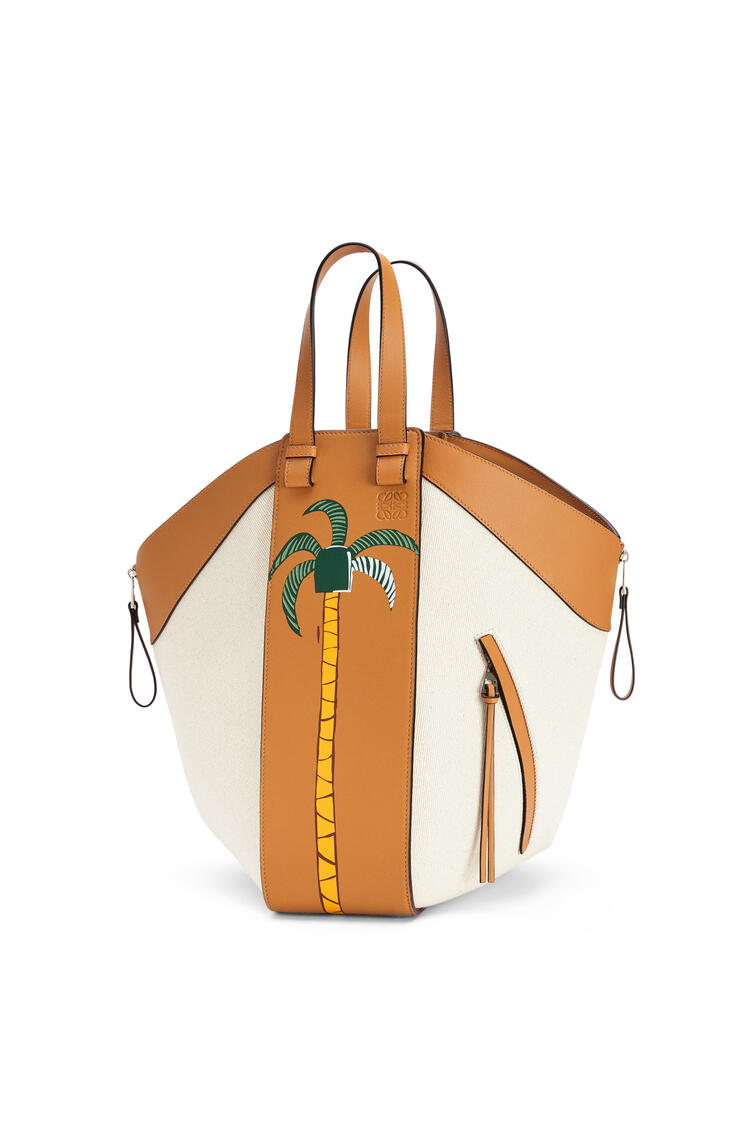 LOEWE La Palme Hammock Tote bag in canvas and calfskin Amber/Natural pdp_rd
