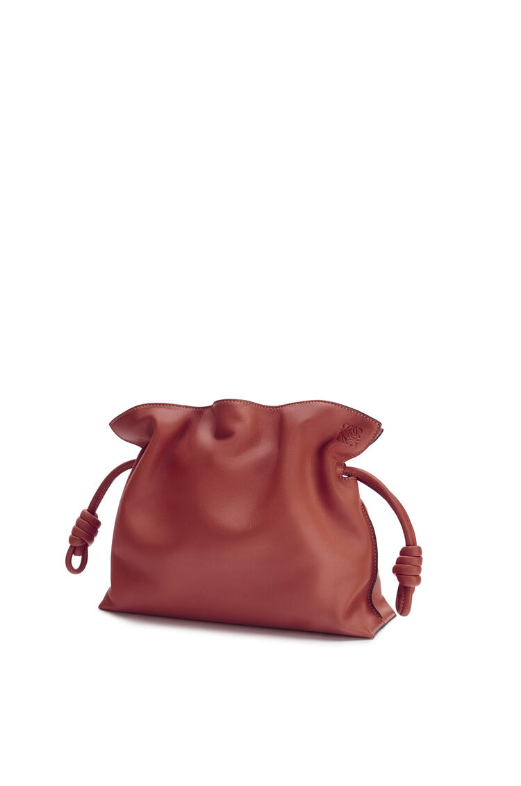 LOEWE Flamenco clutch in nappa calfskin Dark Rust pdp_rd