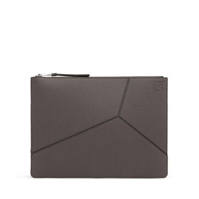 LOEWE Medium Puzzle Flat Pouch Dark Grey/Black front