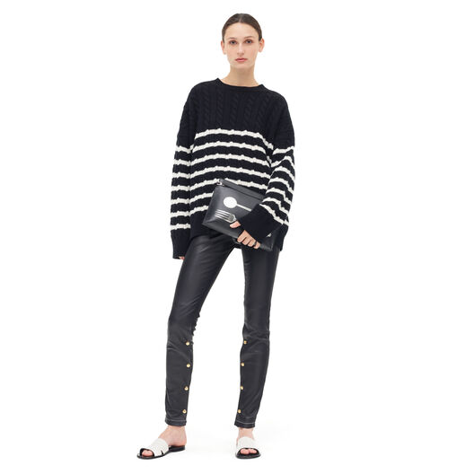 LOEWE Stripe Cable Knit Sweater Negro/Blanco front