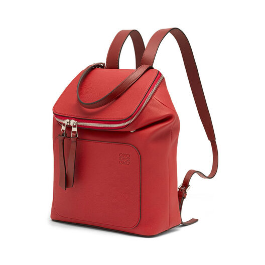 LOEWE ゴヤスモールバックパック Scarlet Red/Burnt Red front