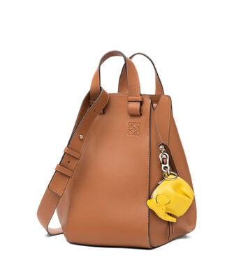 LOEWE エレファント チャーム イエロー front