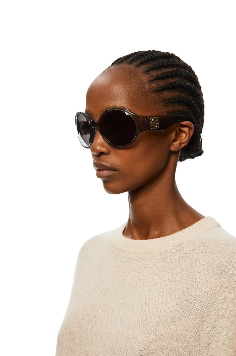 LOEWE Round Anagram Sunglasses in Acetate Grey pdp_rd