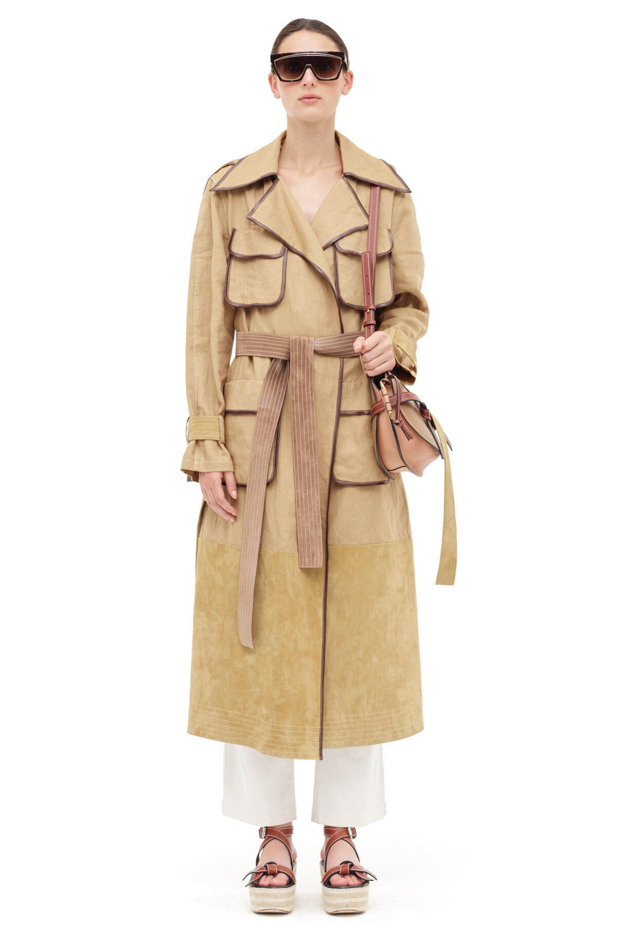 LOEWE Patch Pocket Trench Coat Oro front
