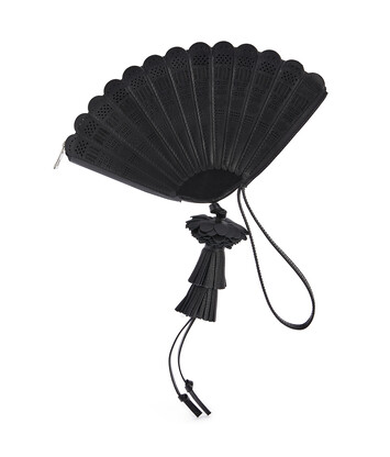 LOEWE Fan Clutch Bag In Box Calfskin Black front