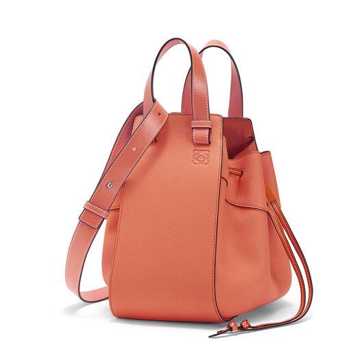 LOEWE Hammock Dw Medium Bag Pink Tulip front