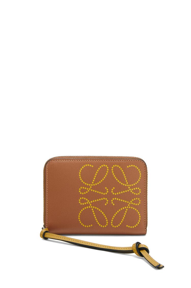 LOEWE Brand zip 6 card holder in calfskin Tan/Ochre pdp_rd