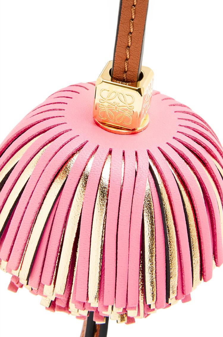 LOEWE Bell Tassel charm in calfskin Coral Pink/Gold pdp_rd