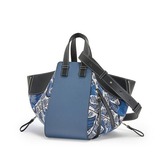 LOEWE Bolso Hammock Tiles Pequeño Azul front
