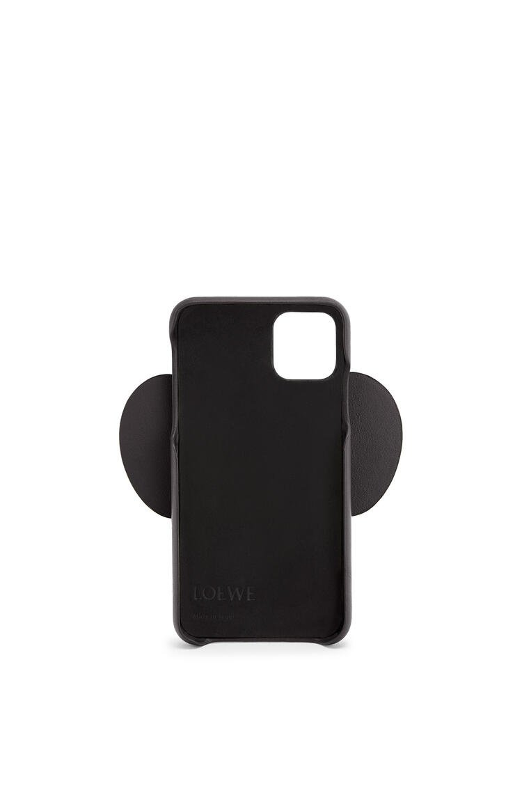 LOEWE Elephant cover for iPhone 11 in classic calfskin Black pdp_rd