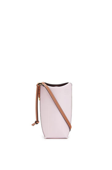 LOEWE Gate pocket in soft calfskin Soft Pink/Coral pdp_rd