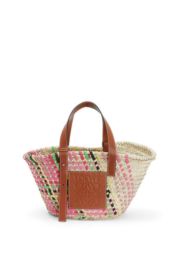 LOEWE Basket bag in raffia and calfskin Pink Multitone/Tan pdp_rd