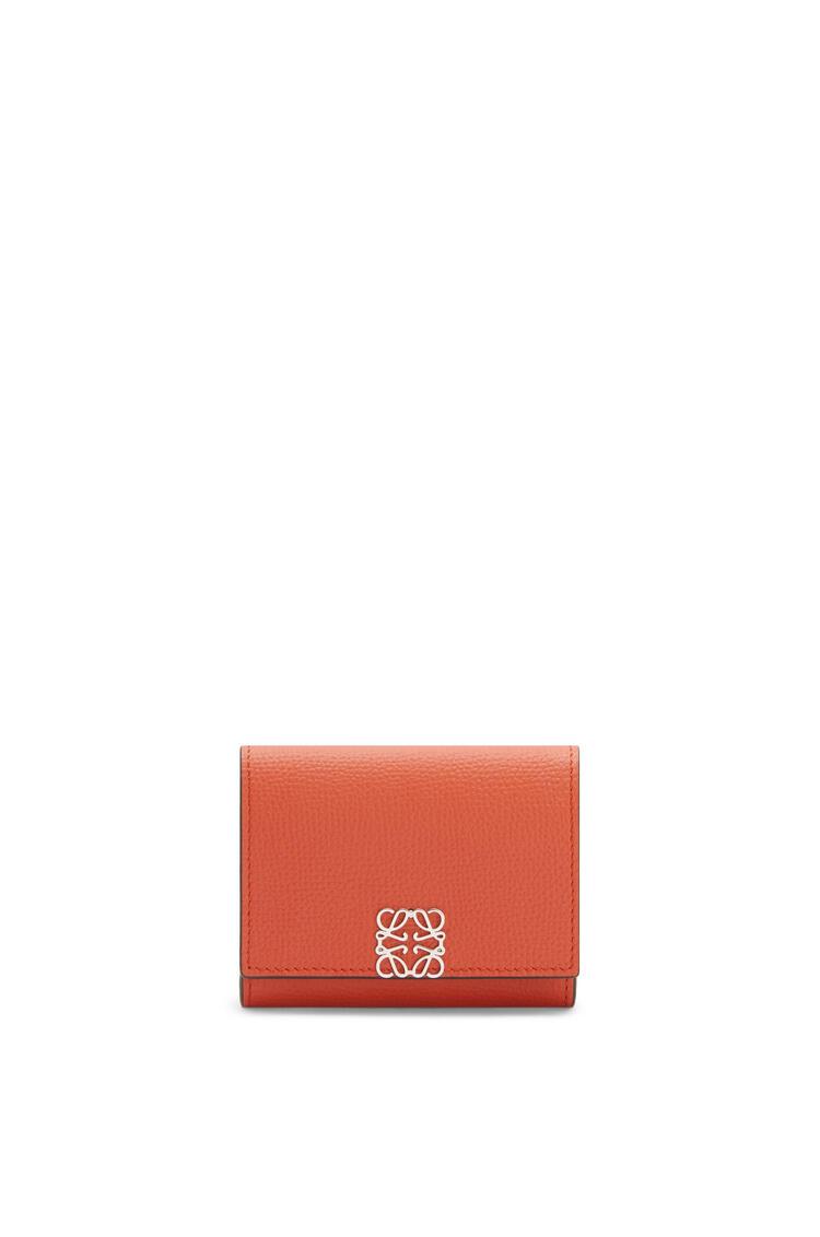 LOEWE Tarjetero-monedero cuadrado con Anagrama en piel de ternera con grano Calabaza pdp_rd