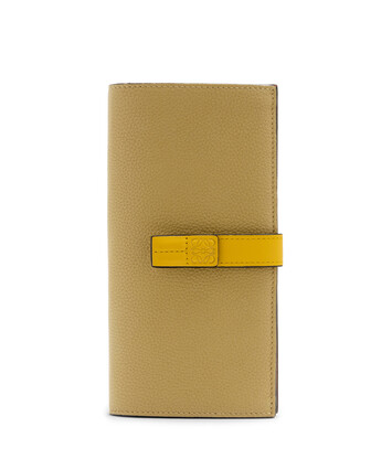 LOEWE Billetero Largo Vertical Marron Hoja/Amarillo front