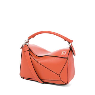 LOEWE Puzzle Small Bag Coral front