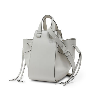 LOEWE Hammock Dw Medium Bag 绵白色 front