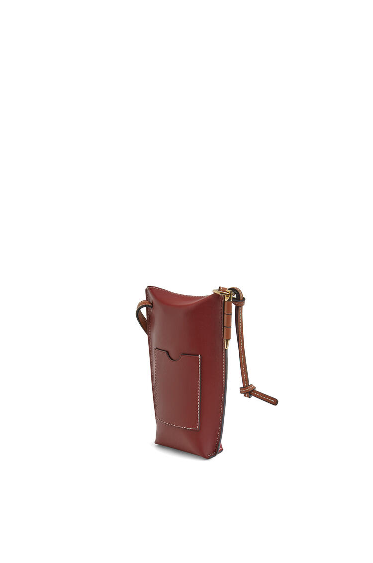 LOEWE Gate pocket in soft calfskin Garnet/Pomodoro pdp_rd