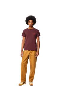 LOEWE Camiseta en algodón con Anagrama Burdeos pdp_rd