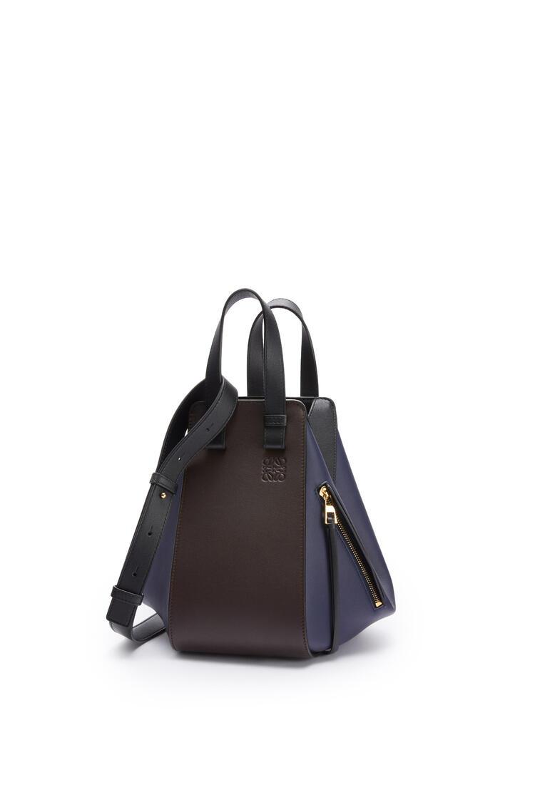 LOEWE Small Hammock bag in classic calfskin Chocolate/Black pdp_rd