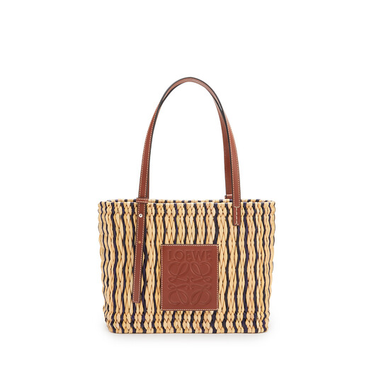 LOEWE 芦苇和小牛皮小号方形 Basket 手袋 Natural/Black/Pecan front
