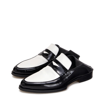 LOEWE Pointy Loafer Black/White front
