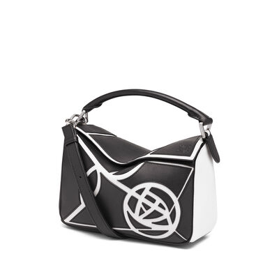 LOEWE Puzzle Roses Small Bag Black/White front