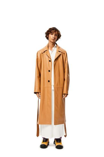 LOEWE Coat in nappa Old Toffee pdp_rd