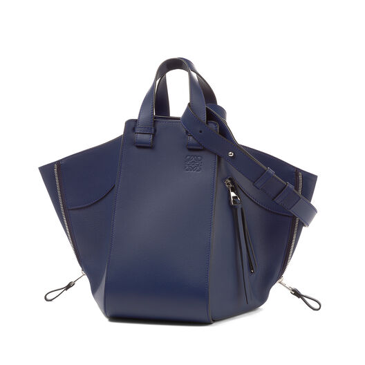 LOEWE Hammock Medium Bag Marine all