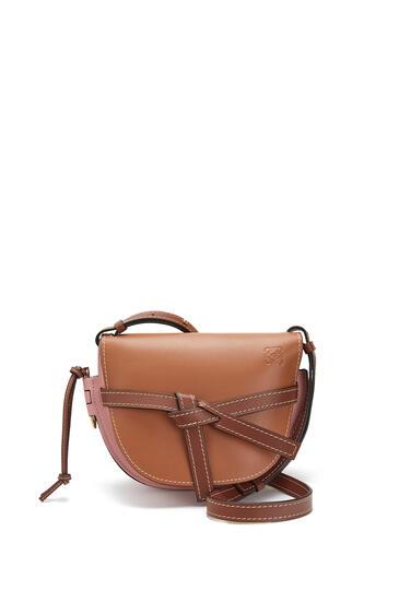 LOEWE Small Gate bag in soft calfskin Tan/Medium Pink pdp_rd