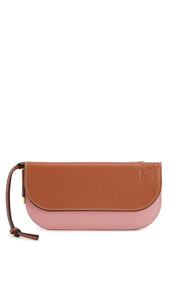 LOEWE Gate Continental Wallet In Smooth Calfskin Tan/Medium Pink pdp_rd