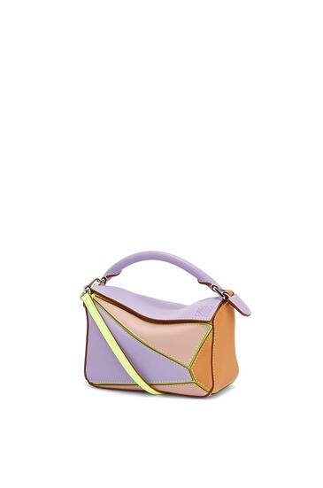 LOEWE Mini Puzzle bag in classic calfskin Mauve/Soft Apricot pdp_rd